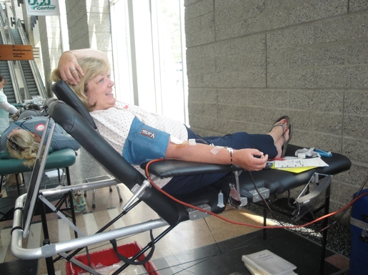 Giving Blood: Sandy Dunn's Experience